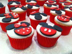 Minnie & Mickey Cupcakes!