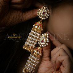 Gold Jhumka Earrings, Jewelry Design Earrings, Gold Earrings Designs, Necklace Designs, Fancy Jewellery, Gold Jewellery Design, Bead Jewellery, Rajputi Jewellery, Indian Jewelry Sets