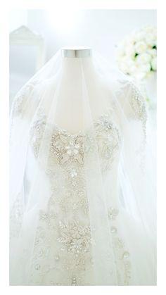 Wedding dress Lace Wedding, Wedding Dresses, Instagram, Fashion, Bride Dresses, Moda, Bridal Gowns, Alon Livne Wedding Dresses, Fashion Styles