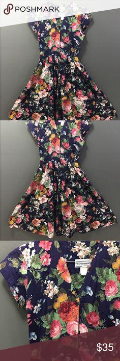 Vintage cotton floral midi/maxi dress 1980's vintage E.D. Michaels cotton floral midi/maxi dress | excellent condition, breathtakingly beautiful flowers | size S-M Dresses Midi
