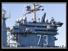 USS George Washington (CVN 73) entering the Port of Brisbane, Australia, 29 July 2013