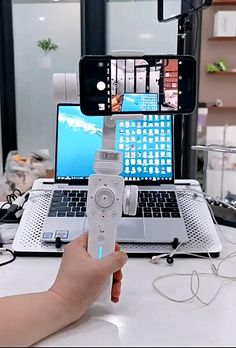 Cool Gadgets To Buy, Spy Gadgets, High Tech Gadgets, Gadgets And Gizmos, Electronics Gadgets, Amazing Life Hacks, Useful Life Hacks, Nouveaux Gadgets, New Technology Gadgets