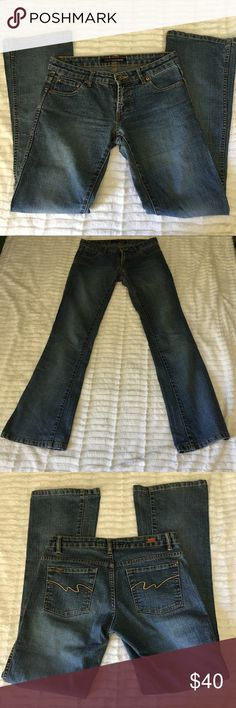 Pepe Jeans Size 28 Pepe jeans size 28. Great condition, Feel free to ask any questions :) Pepe Jeans Jeans Flare & Wide Leg