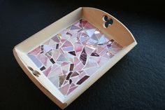 Dienblad met mozaïek Mosaic Projects, Tray, Action, Homemade, Home Decor, Ideas, Trays, Mosaics, Group Action