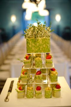 Mini Wedding Cake #weddingconcepts