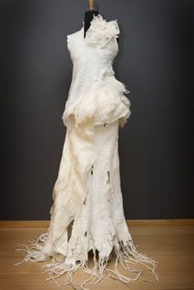 Collection 2008 Sharit by Charity Knitwear White Fashion, Fashion Art, Textile Fiber Art, Fibre Art, Felted Wool Crafts, Happy Hippie, Junior Fashion, Wedding Wraps, Textiles
