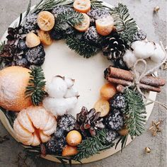 78 Classic Christmas Cake Decorating Ideas - Chicbetter Inspiration for Modern Women - 78 Classic Christmas Cake Decorating Ideas – chic better - Christmas Cake Decorations, Christmas Desserts, Christmas Baking, Wedding Decorations, Winter Cupcakes, Mini Cupcakes, Pretty Cakes, Beautiful Cakes, Amazing Cakes