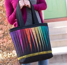 The Quilter's Palette Tote Bag Free Pattern