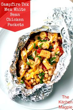 ~ Campfire Tex Mex White Bean Chicken Foil Packets ~ These are seriously the yummiest camping foil packet dinners Ive made so far! Healthy and amazing Tex Mex White Bean Chicken foil packets. Cook them on the BBQ, the campfire or at home in your oven Tin Foil Meals, Foil Packet Dinners, Foil Pack Meals, Foil Dinners, Grilling Recipes, Cooking Recipes, Healthy Recipes, Healthy Meals, Nutritious Meals