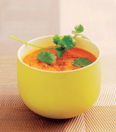 Découvrez la recette de la crème de carottes, cumin et coriandre d'Erwann Menthéour, coach sportif créateur de la Méthode Fitnext