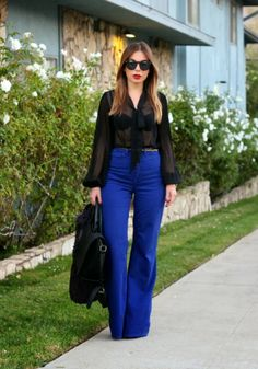 Stiletto Beat serving face, while showing us how to keep electric blue classy! (Wide leg American Apparel pants)