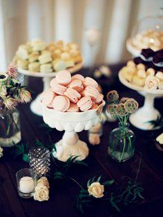 Macaroon dessert bar| Photo by Ashley Kelemen | Flowers by Blush Botanicals | Read more - http://www.100layercake.com/blog/?p=79005