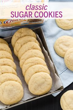 Thick, light-textured Classic Sugar Cookies that are made with shortening instead of butter. Thick, light-textured Classic Sugar Cookies that are made with shortening instead of butter. These cookies bake up tall, uniform in color, and noticeably better! Crisco Cookies, No Bake Sugar Cookies, Crisco Recipes, Homemade Sugar Cookies, Cut Out Cookies, Cookies Et Biscuits, Baking Recipes, Cookie Recipes, Cookies