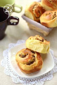 Nasi Lemak Lover: Chestnut and Pumpkin Bread Rolls 栗子南瓜麵包捲