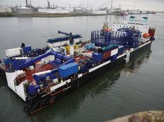 Cable Enterprise Power Cable installation barge under tow