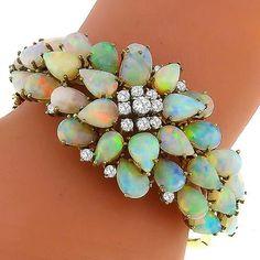 Opal, Diamond and 18K Gold Bangle Bracelet