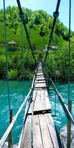 S'aventurer, oser !!!  Montenegro                                                                                                                                                                                 Plus