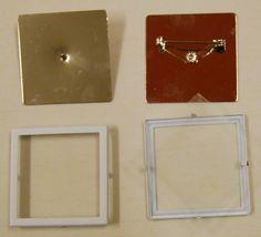7250V.1  Glasmalbrosche quadratisch, 39x39mm, Rahmen weiß