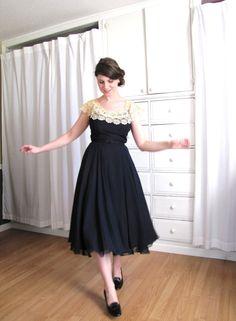 40s Dress / Lace Collar Dress / 1940's Dress / Full by Coldfish, $225.00