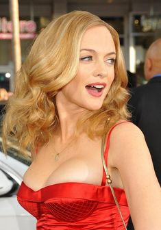 Post with 95 votes and 4162 views. Shared by ImLukeSkywalkerImHereToRescueYou. A little Heather Graham for your Friday. (Starting to make a habit of posting SFW albums of my favorite hot celebrities. Celebrity List, Celebrity Photos, Beautiful Female Celebrities, Beautiful Women, Heather Graham Hot, Heather Graham Movies, Up Girl, Pink Girl, Hollywood Actresses