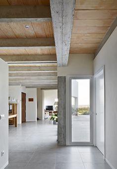 House in Majorca Interior Architecture, Interior Design, Majorca, Mediterranean Style, Modern House Design, Stairways, Kitchen Dining, Bali, Outdoor Decor