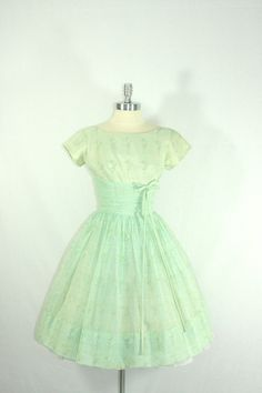1950's Green Vintage Dress - Mint party dress would turn some heads!