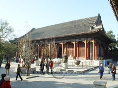 The Hall of Benevolence and Longevity is the place where the Empress Dowager and Emperor Guangxu conducted state affairs.(Summer Palace, Beijing)