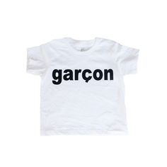 Hugo Loves Tiki Garcon Long Sleeve Onesie This one is for that sweet little man in your life ! Its a super cool statement piece for your petit garçon, it would Toddler Outfits, Kids Outfits, Cool Outfits, Baby Boy Fashion, Kids Fashion, Style Hipster, S Shirt, Kids Wear, American Apparel