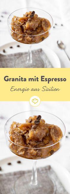 Die Granita kommt aus Sizilien, angeboten wird sie aber in vielen Geschmackssorten in ganz Italien. Aber mit Espresso ist sie einfach eine der beliebtesten.