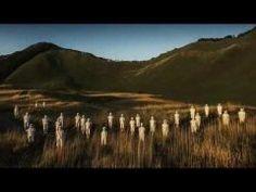 今日のライヴ第210回(第46回第113回再放送)1/8維新派 -ishinha- 2015トワイライトPV  2015/09/03 に公開 2015年奈良県曾爾村で公演されるトワイライトのPVをお届けします音楽監督の内橋和久による新曲とイメージビジュアルをお楽しみください  本放送はこちらです 第113回 http://ift.tt/2dLUVtf 第113回 総集編http://ift.tt/2eGCK5Z  以前維新派をご紹介させていただいたのはこちらです 第 46回 http://ift.tt/2dLV5AU 第113回 http://ift.tt/2eGCK5Z  内橋和久さまHP http://ift.tt/1TAMuOE 内橋和久さまFBhttp://ift.tt/1pNJEr2  #内橋和久 #音楽#ギター#ダクソフォン#ライヴ  http://ift.tt/2eGDeJf