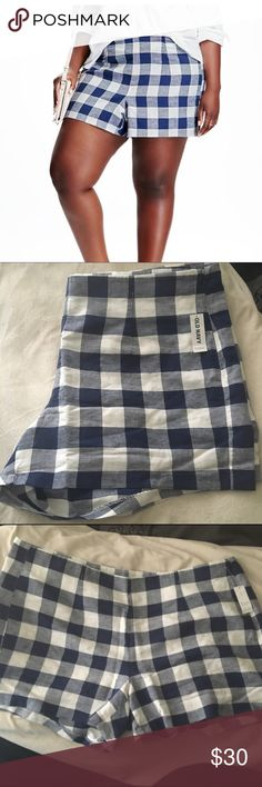 Checkered Shorts A pair of super cute shorts that have a white and blue checkered pattern. They hit about 2 inches above the knee. They are light and airy perfect for summer and hot temperatures. These shorts are not stretchy and they have a zipper on the side Old Navy Shorts