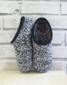 crochet slippers, crochet mules, wool slippers, handmade slippers, mule slippers, Winter slippers,  ready to ship, UK seller by nettimadeit on Etsy https://www.etsy.com/listing/204407166/crochet-slippers-crochet-mules-wool