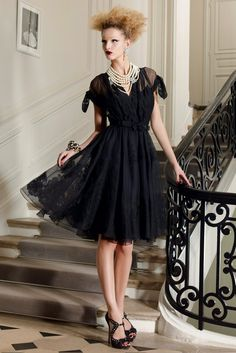Christian Dior Resort 2010 - Collection - Gallery - Look 8 - Style.com