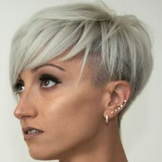 @marinalantoshair #pixie #haircut #short #shorthair #h #s #p #shorthaircut #hair #b #sh #haircuts #blonde #blondehair #blondehairdontcare #blondeshavemorefun #platinumhair #platinum