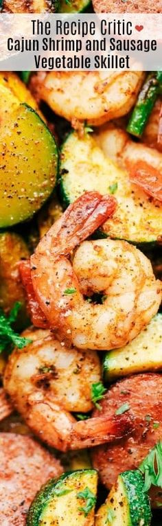 Cajun Shrimp and Sausage Vegetable Skillet is the BEST 20 minute meal packed with awesome cajun flavor with shrimp, sausage, and summer veggies. This makes a great low carb meal and is also great for meal prep! Shrimp Recipes, Fish Recipes, Low Carb Recipes, Chicken Recipes, Cooking Recipes, Healthy Recipes, One Pot Meals, Easy Meals, Gourmet