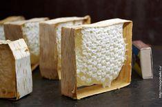 Сотовый мед в бересте