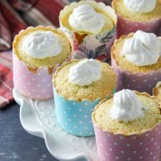 Mushroom and Rice Spicy Thai Soup - Woman Scribbles Cupcake Mold, Paper Cupcake, Hokkaido Cupcake, Spicy Thai Soup, Mallorca Bread, Spanish Bread, Pineapple Bun, Sweet Whipped Cream, Fried Donuts