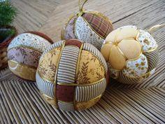 Kimekomi ball                                                                                                                                                                                 Mais