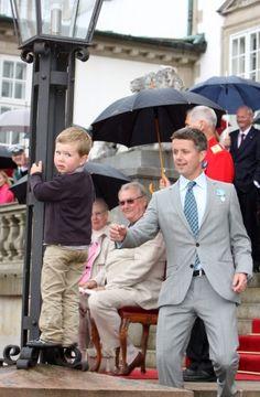 prince Frederik avec le prince Christian