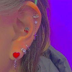 Ear Jewelry, Cute Jewelry, Jewelry Accessories, Jewlery, Pretty Ear Piercings, Grunge Jewelry, Estilo Indie, Accesorios Casual, Aesthetic Indie