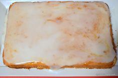 Prăjitură simplă cu gem - rețeta rapidă și ieftină | Savori Urbane Quick Bread, Cheesecake, Muffin, Desserts, Food, Raspberries, Muffins, Meal, Cheesecakes