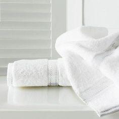 Maison Condelle Sandra Venditti Bamboo Bath Towel Color: White