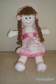 Olá!!!   Depois de muitos pedidos, coloquei as medidas nos moldes da boneca de pano que fiz e quem quiser conferir, o PASSO A PASSO compl...