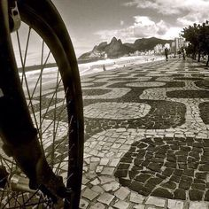 "@ricosombra's photo: ""Admirando o mar #rio450 #Rio365_Redondo #rioecoisadecinema #carioquissimo #canaloff #ig_riodejaneiro #ipanema #tonoadorofarm"""