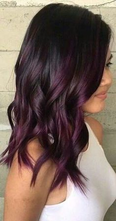 Hairstyles Süße dunkellila Haarfarbe Ideen Why Men Should Get Hair Color Too Article Body: We all kn Dark Purple Hair Color, Hair Color And Cut, Dark Brown Purple Hair, Dark Violet Hair, Long Purple Hair, Plum Colour, Soft Purple, Burgundy Plum Hair, Black To Purple Ombre