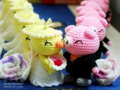 Wedding of the Chicken and the Pig. #weddingdolls #weddingfavors #amigurumi #toys #chinesezodiac #handmade