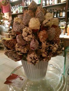 Ramo de Flores/Fresas bañadas en chocolate