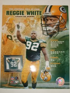 The late great Reggie White. Was a beast in Philly then went to Green Bay and led the defense while Favre led the offense and was vital in getting to an winning a Superbowl Packers Baby, Packers Football, Greenbay Packers, Football Players, Football Art, Football Stuff, Football Memes, Football Season, Green Bay Packers Wallpaper