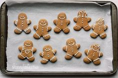Low-Fat Gingerbread Cookies. Servings: 48 • Size: 1 cookie • Old Points: 1 pts • Points+: 2 pts (no icing)  Calories: 56.4 • Fat: 0.8 g • Carb: 12.4 g • Fiber: 0.1 g • Protein: 0.9 g •Sugar: 6 g Sodium: 30.3 g