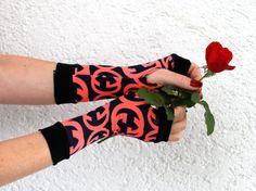 Black & Hot pink Fingerless Gloves Arm Warmers by WearMeUp